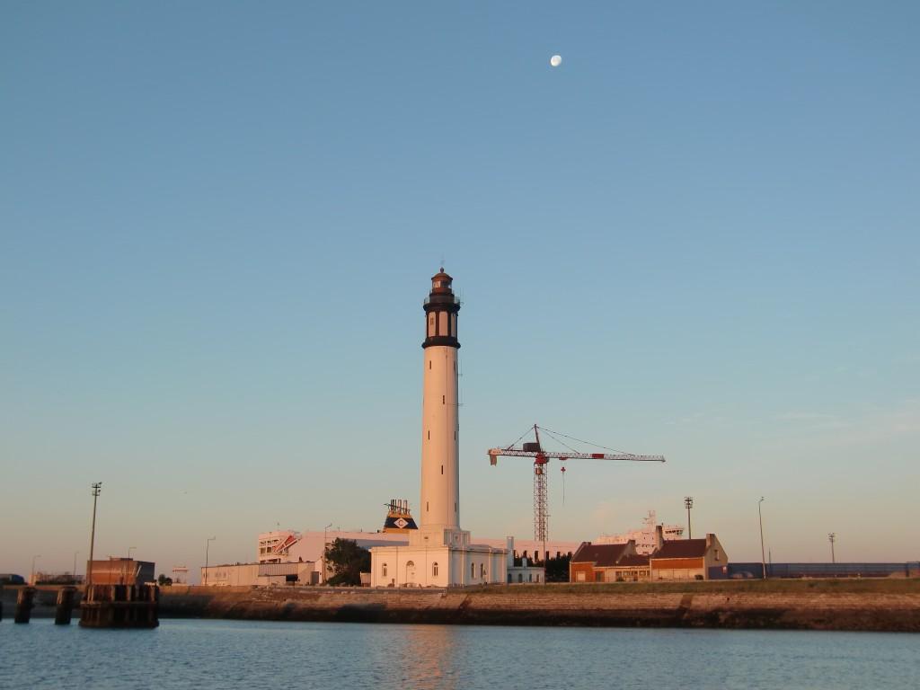Dunkerque från ena sidan...