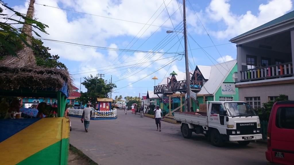 Huvudgatan i Clifton.
