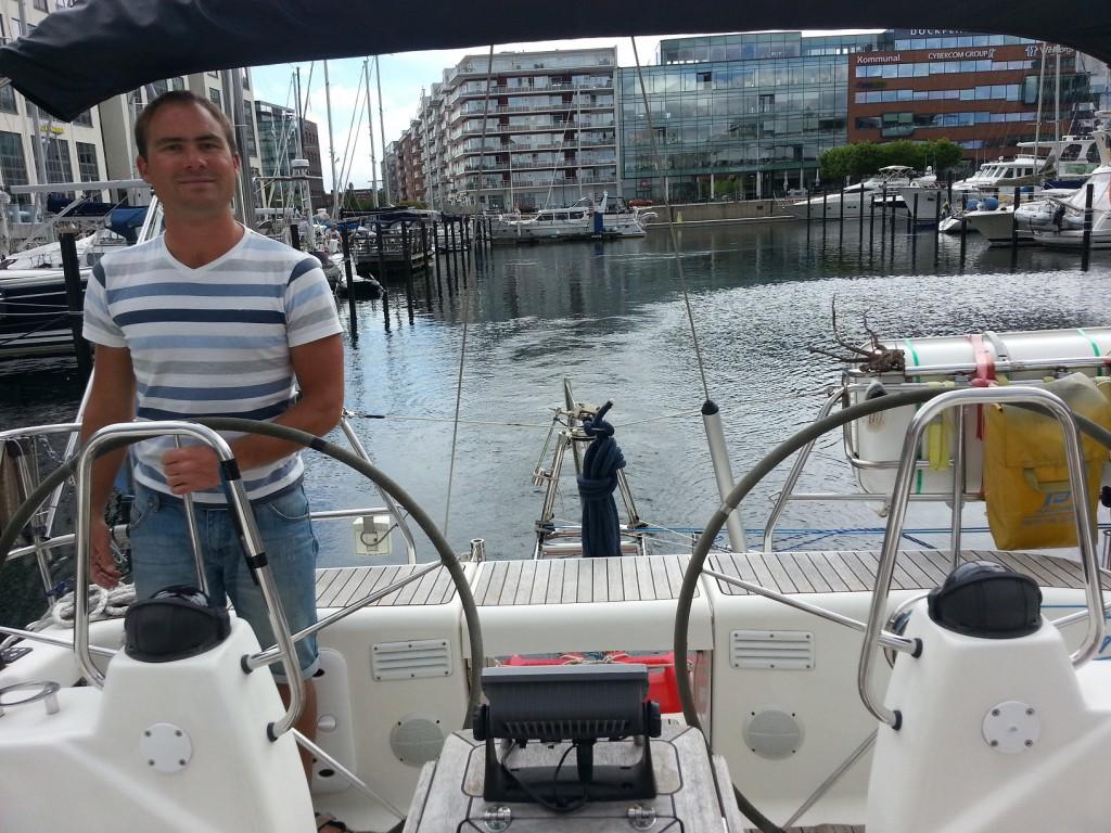 Lämnar Dockan i Malmö.
